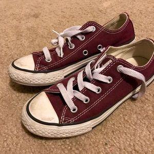 Girls burgundy converse size 13.5